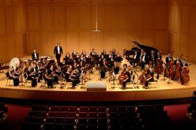 2005 DePauw Symphony Orchestra.jpg