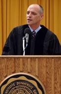 Eric Schlosser Commencement 2005.jpg