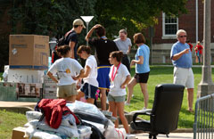 Move in 2005 1.jpg