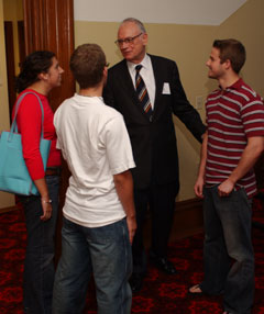 Lee Hamilton Students 2004-2.jpg