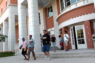 Students August 2006 5.jpg