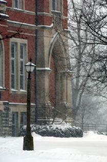 East College Snow 2007 Feb.jpg