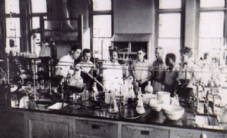 Percy Julian DePauw Lab 1930s.jpg