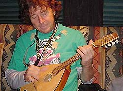 Jimmy Ibbotson Mandola.jpg