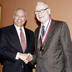 Colin Powell Lee Hamilton 2008.jpg