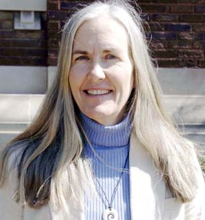 Julie Hollowell.JPG