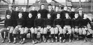 1912 Football Team.jpg