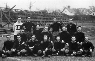 1910 or 11 DP team.jpg