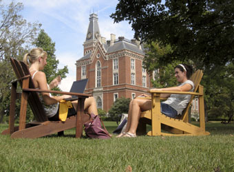 laptop ec lawn 2009.jpg