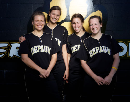 DePauw_softball_seniors_2009.jpg