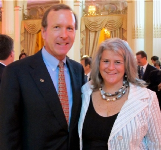 Neil Bush Katy Keck Jun2010.jpg