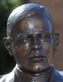 Max Ehrmann Statue Unveiled-02 2010 thts.jpg